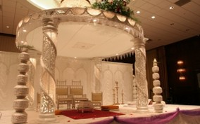 indian-wedding-reception-background-decorations-615x384.jpg